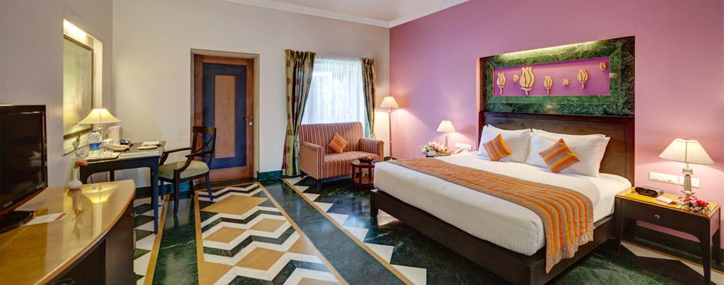 Deluxe-Room-1-Ramada-Udaipur